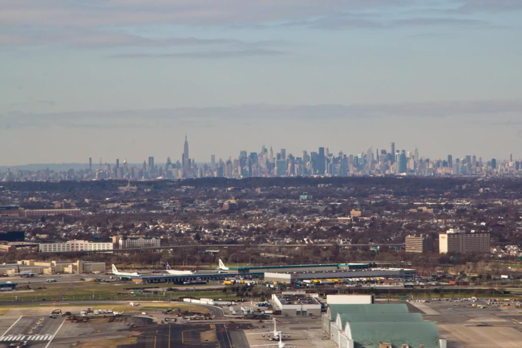 Вид на Манхэттен с самолета