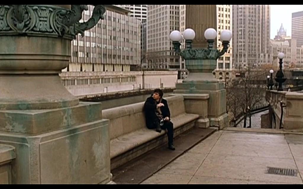 Кадр из фильма Брат 2, сцена в Чикаго