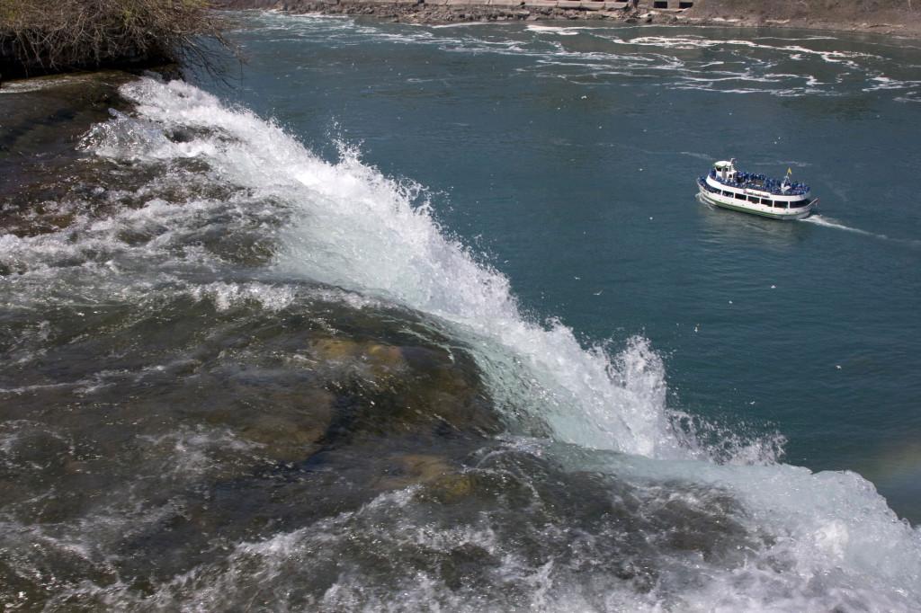 Кораблик на Ниагаре