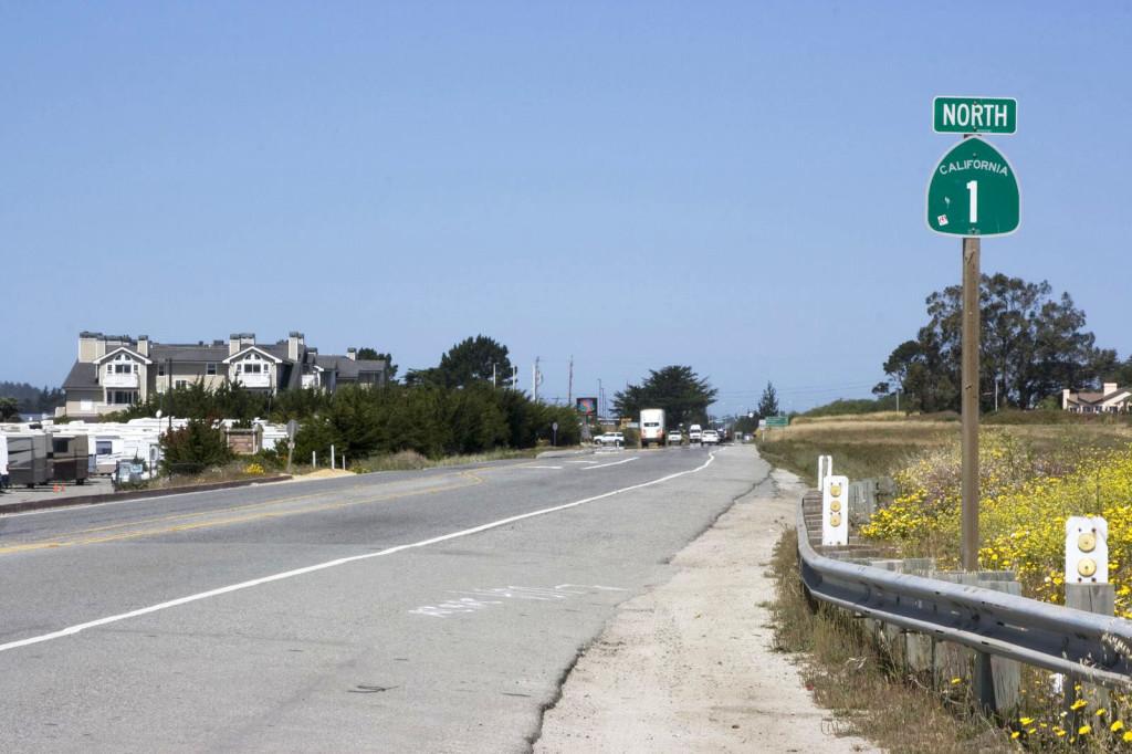 Шоссе номер 1. Живописнейшая дорога, которая идет с юга на север прямо вдоль кромки берега Тихого океана